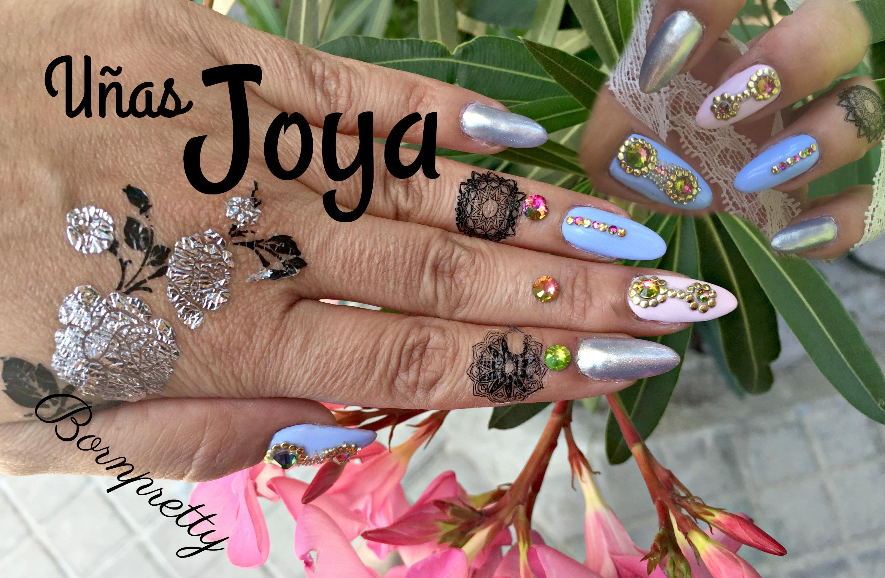 Decora tus uñas con piedras y últimas compras